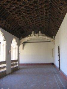 修道院の2階