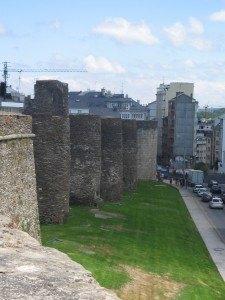 これが噂の城壁。