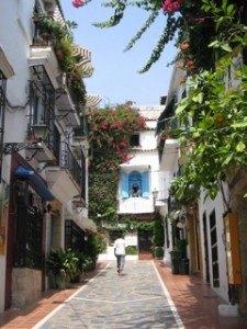 マルベヤの目抜き通りの一つ。