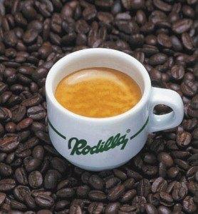 Rodillaのコーヒー。この濃いのがスペインらしいです。