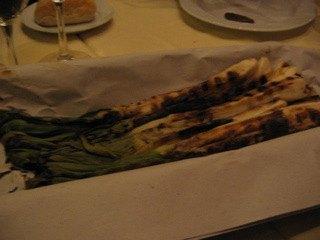 有名なCalçots(カルソッツ)。ネギのようでとても甘くて美味しかったです。