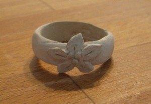 銀粘土の指輪。この成形までが一苦労。。。