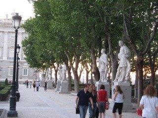 王宮前の広場