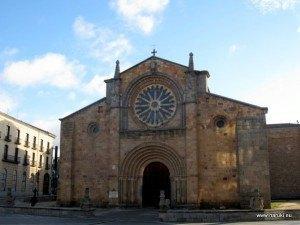 アビラには沢山の教会があります。