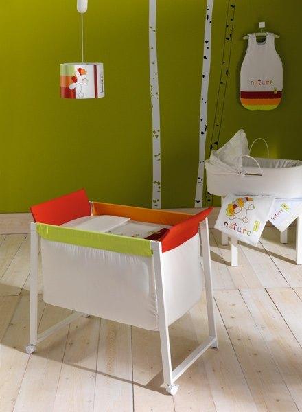 スペイン語ではMini cunaと呼ばれます。www.tiendasdebebes.com