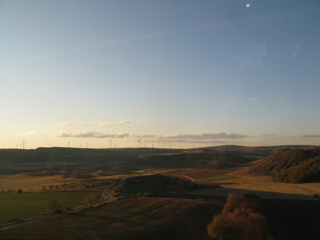 帰り道では風車も見えました。