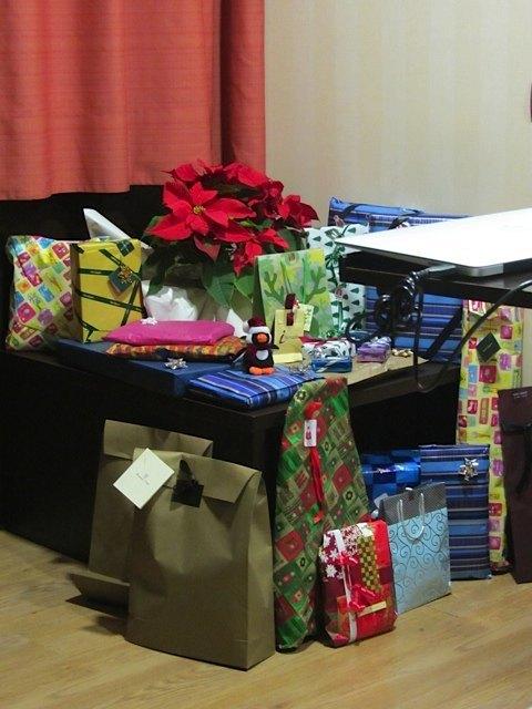 大量のプレゼントが到着!