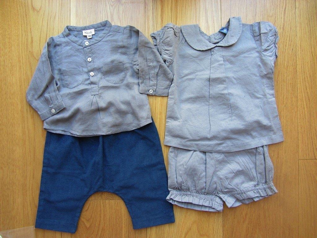 左から、スペインメーカーのNícoliの上下セットの洋服と、フランスメーカーのbonbonの服。