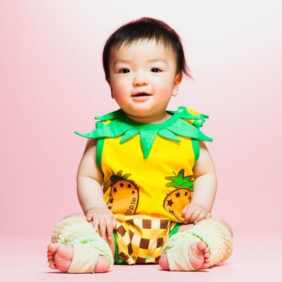子供をフルーツや野菜に見立てたお洒落。日本のサイトではよく見かけましたが、これもスペインでは見たことがないです。