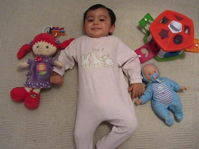 赤ちゃんのお着替えやおむつ替えが流行となりました。