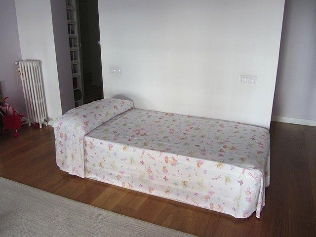マットレスベッド。とりあえず、寝心地が良くなってホッとしました。