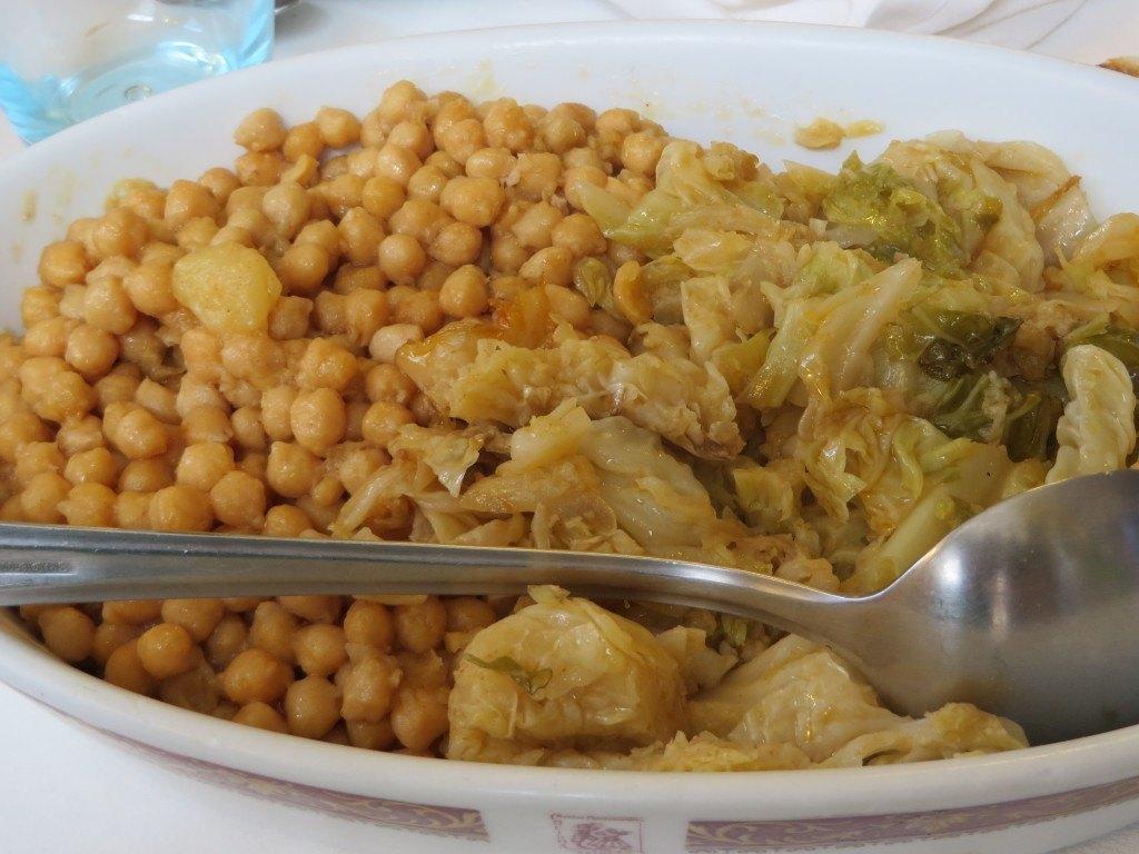 このお豆がホクホクとしていて本当に美味しかったです。スペインでは、このような状態を「バターのよう」と言います。