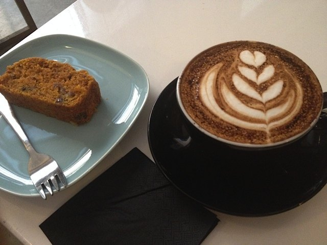 コーヒーは美味しく、お店の雰囲気もとても良かったです。