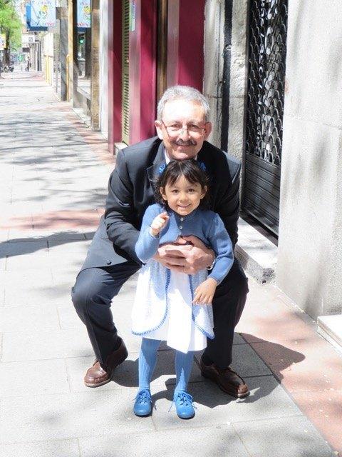 式当日の娘とおじいちゃま。