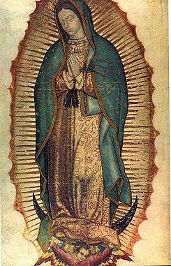 メキシコのグアダルーペの聖母。この聖母を拝むために人が列を成します。https://es.wikipedia.org/wiki/Nuestra_Señora_de_Guadalupe_(México)より。